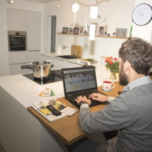 Jak pracować w domu i nie zwariować - poradnik pracy zdalnej 3